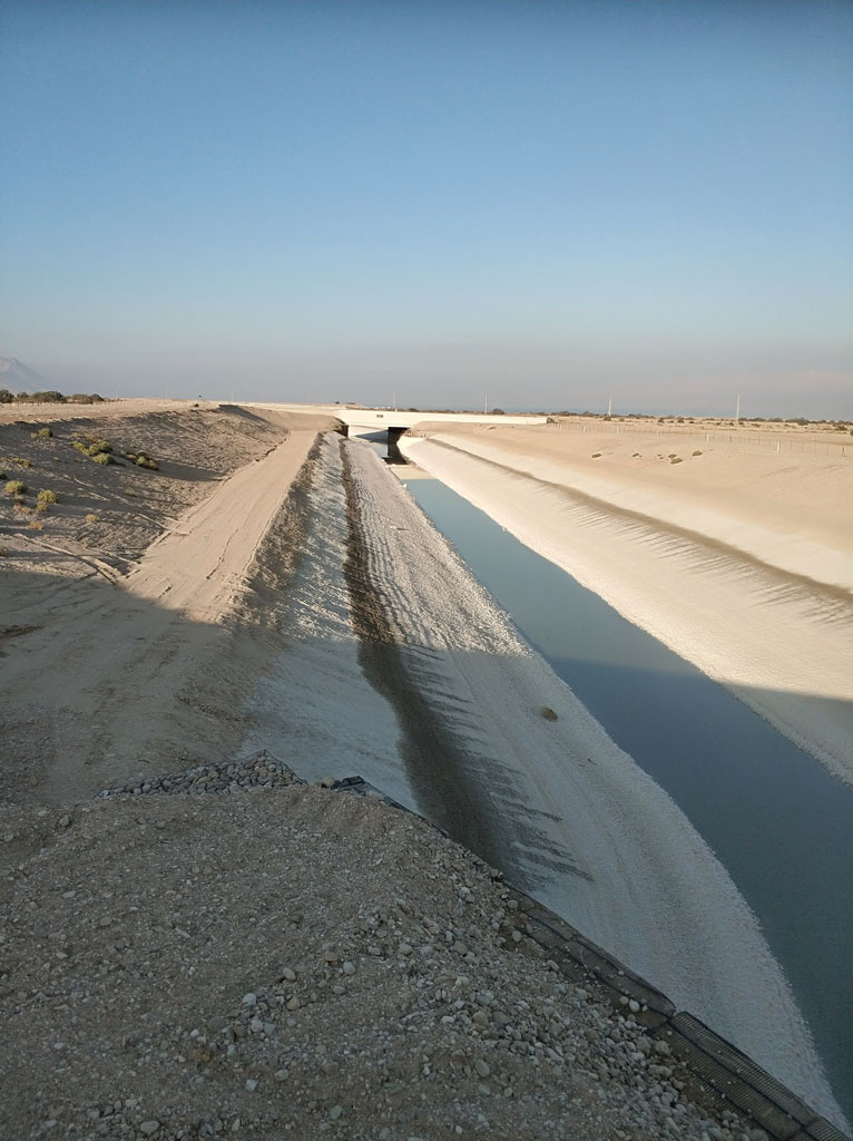 גישור והסטת נגר ומי שיטפונות נחל צאלים מעל תעלות ההזנה של מפעלי ים המלח